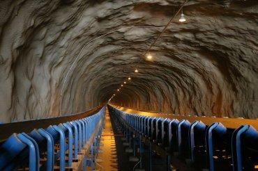 Tunel minería
