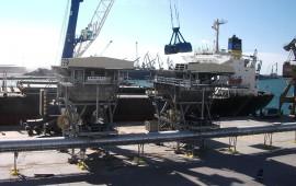 Хранилище и участок конвейерной подачи зерна в порту Таррагона