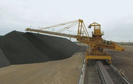 Iron ore stacker