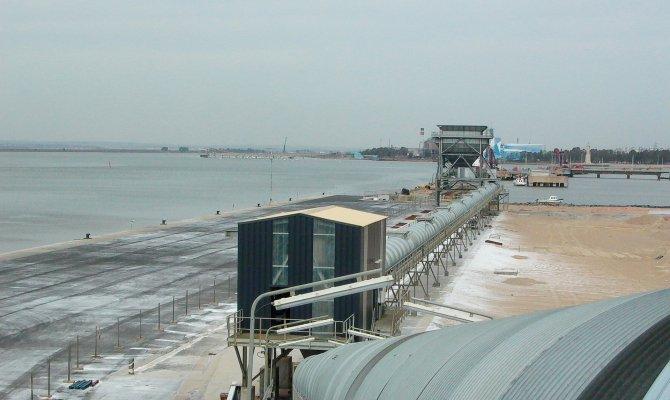Новый участок механизированной подачи и перегрузки зерна в порту Уэльва